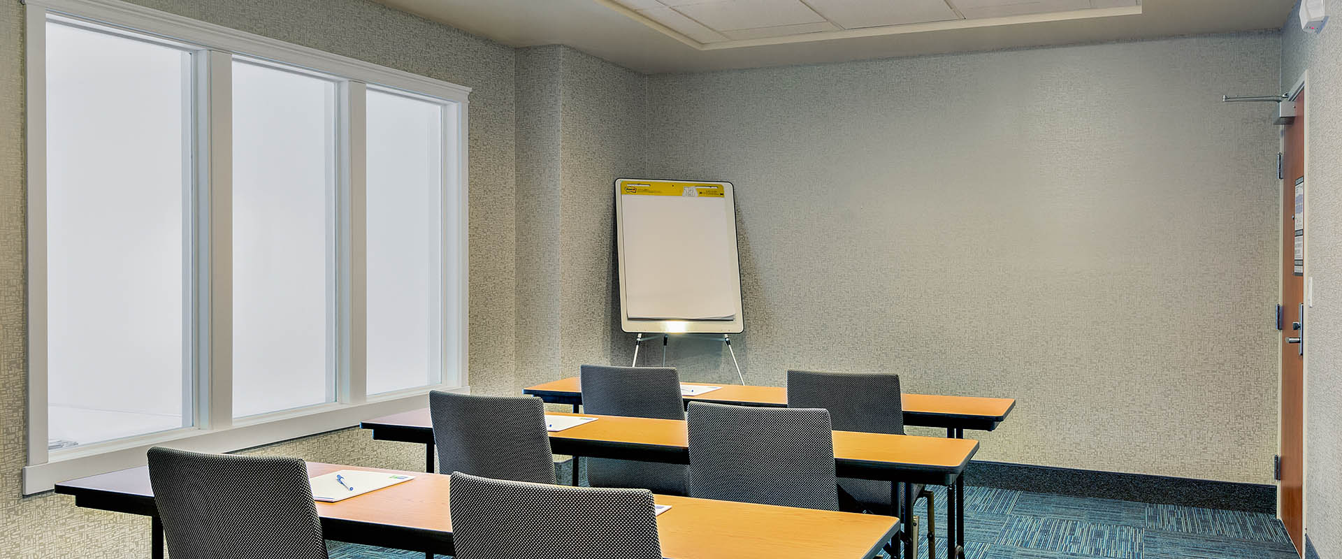 IHG hotel, Lake Oroville California hotel, meetings, conference room, events